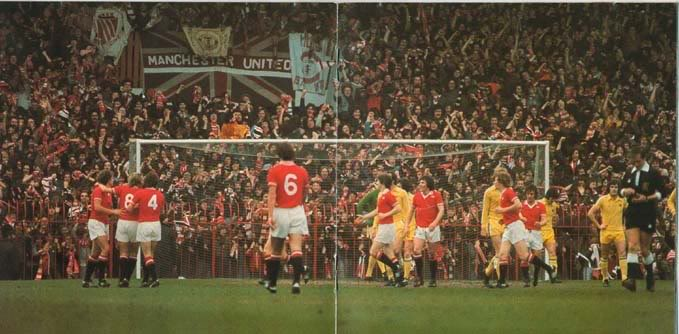old-picture-manchester-united-fans
