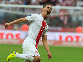Arkadiusz Milik Poland celebration
